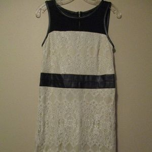 Pretty Kensie Dress Size M